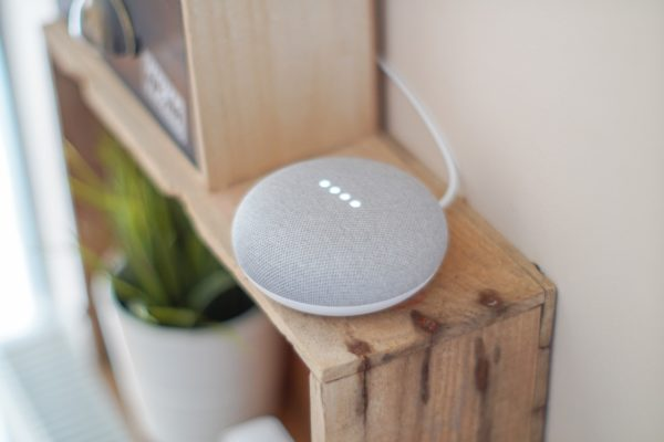 google-home-assistants-vocaux-retail